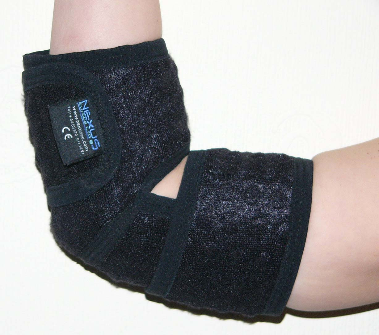 ELBOW SUPPORT & BRACE - BREATHABLE - £15.95 - ONE SIZE FITS ALL - (fits left or right Elbow)